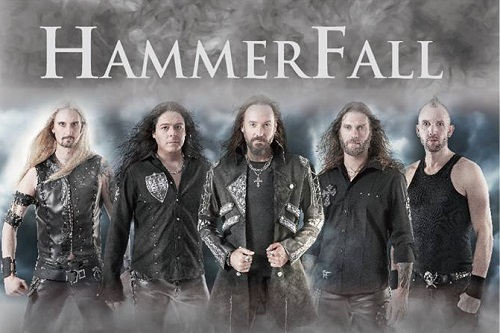 Rock Reviews dirt image: http://www.rockbook.hu/sites/default/files/field/image/hammerfall_2015.jpg