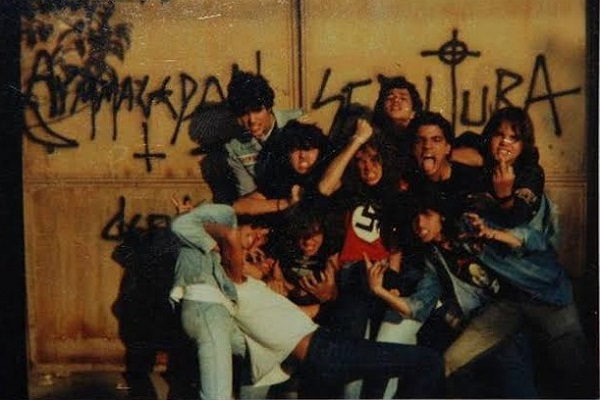 Ezért hordtak horogkeresztes pólókat a Sepultura tagjai